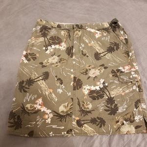 Womens Columbia skirt size M